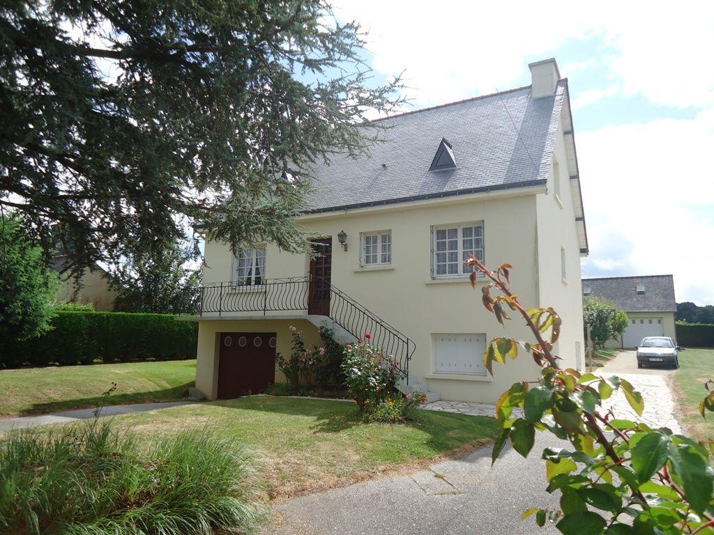 A vendre maison mur de bretagne 90 m2 5 pi ces 2 chambres for Acheter maison bretagne