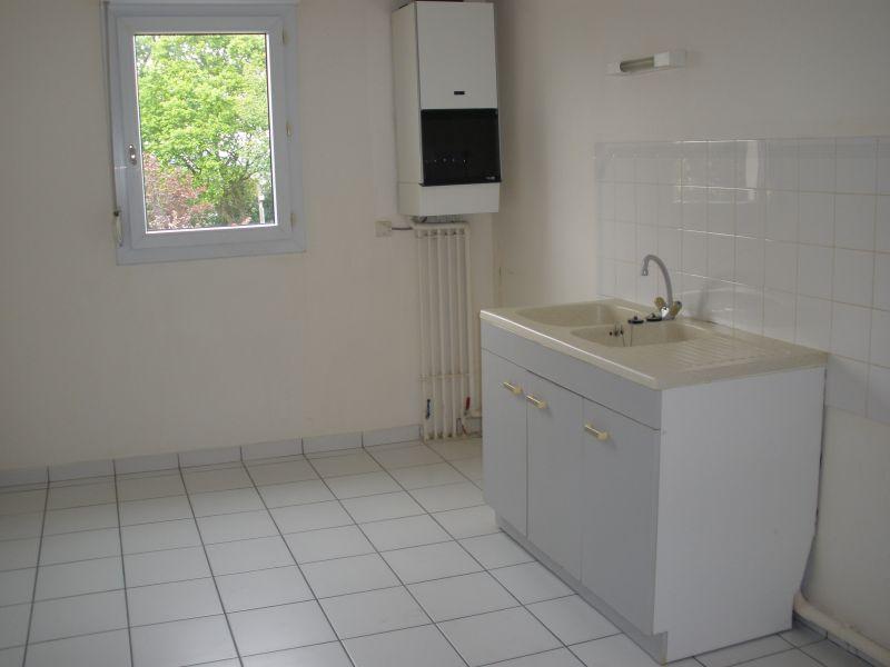 A Louer Pontivy Bretagne Morbihan appartement T2 59 m2 avec garage et balcon couvert