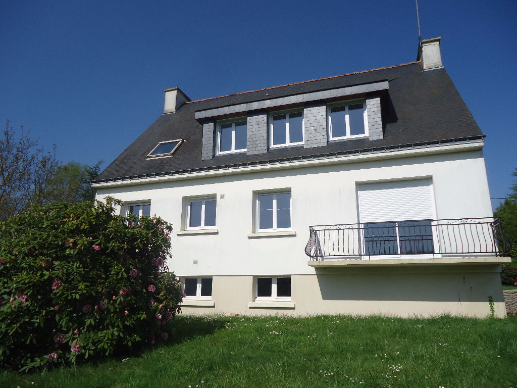A louer à Stival Bretagne Morbihan appartement spacieux avec 3 chambres  d'une superfie de 88,29 m