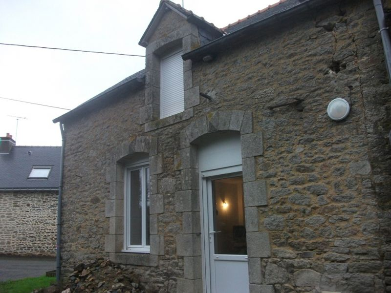 A louer Pleugriffet Bretagne Morbihan Maison rénovée 3 chambres dont une au rez-de-chaussée en campagne